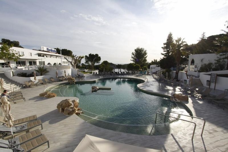 Hôtel BG Portinatx Beach Club 4* pas cher photo 1